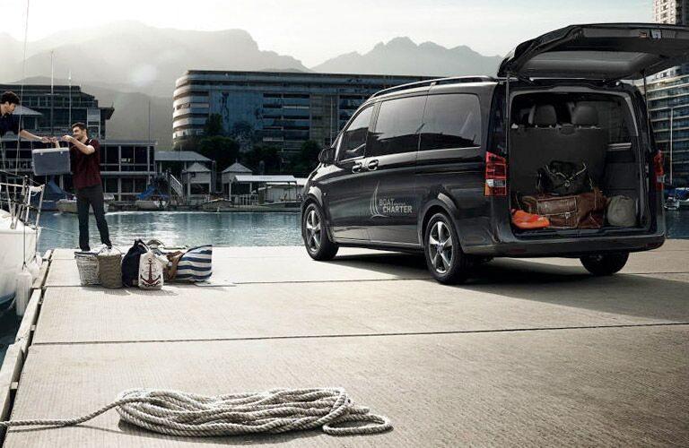 How many seats does the 2017 Mercedes-Benz Metris Passenger Van have?