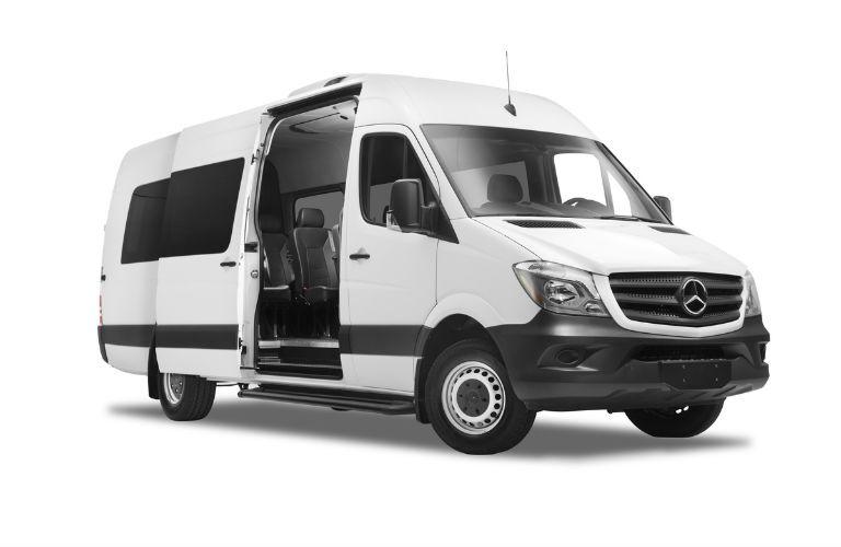 2017 mercedes-benz metris passenger side door open