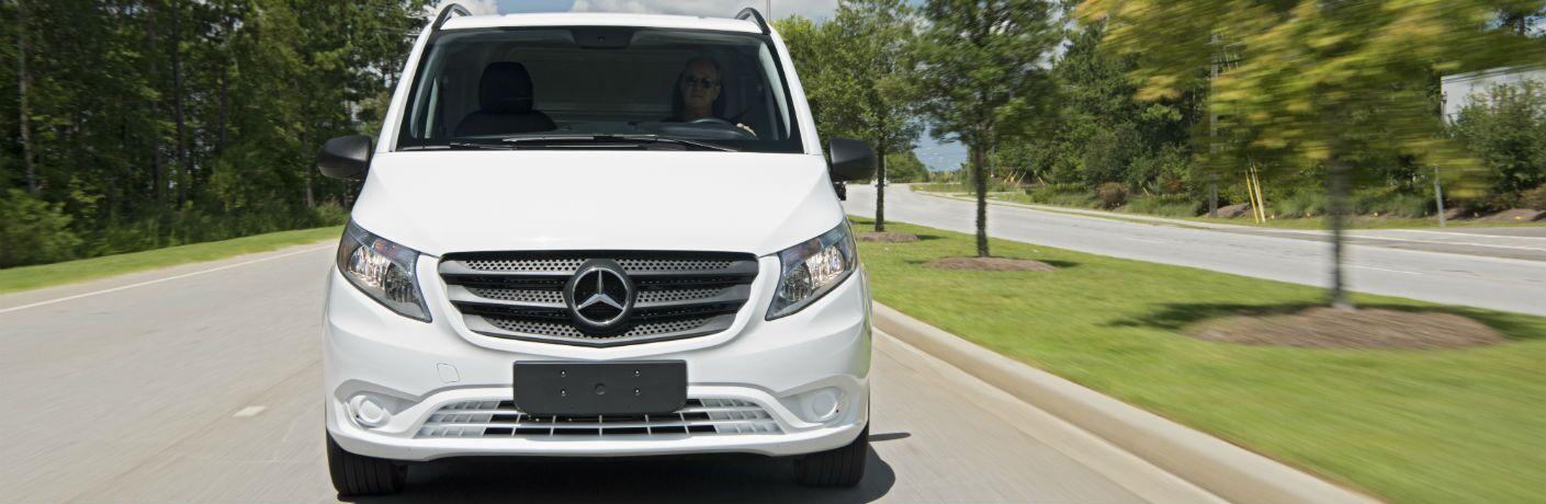 2017 mercedes benz metris worker passenger van phoenix az for Mercedes benz metris passenger