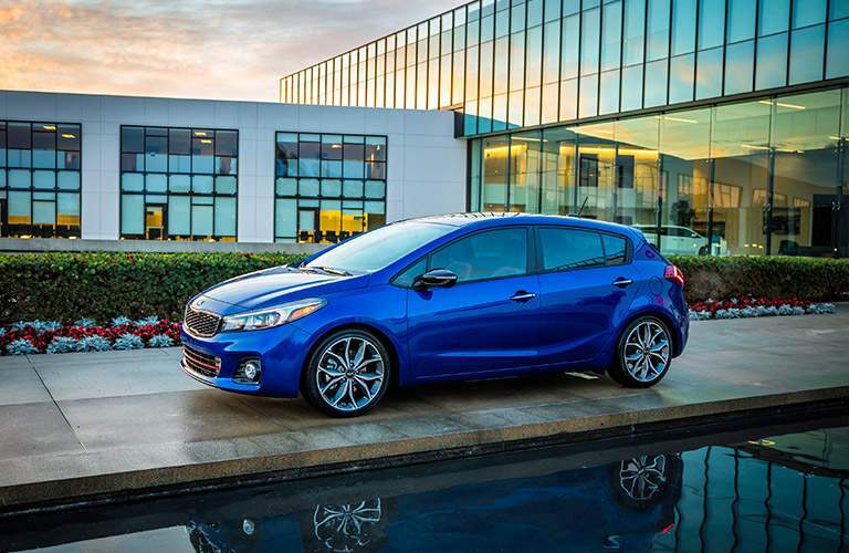 2017 Kia Forte5 in Blue