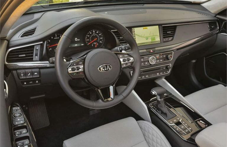2018 Kia Cadenza interior front cabin steering wheel and dashboard