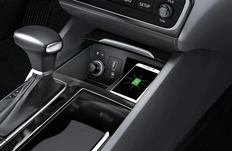 2019 Kia Cadenza wireless smartphone charger