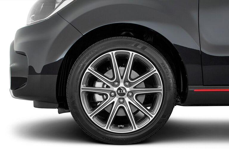 2019 Kia Soul front tire