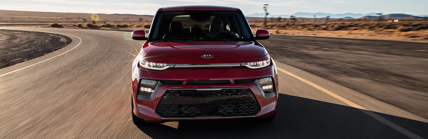 2020 Kia Soul front grille and headlights