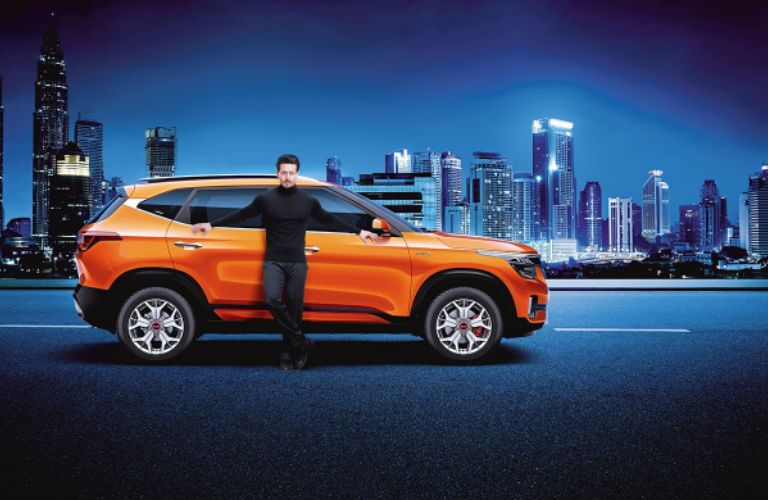 2020 Kia Seltos in orange