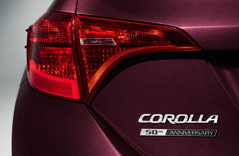 Sculpted tail light on 2017 Toyota Corolla