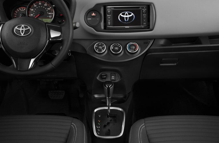 Front dash of 2017 Toyota Yaris