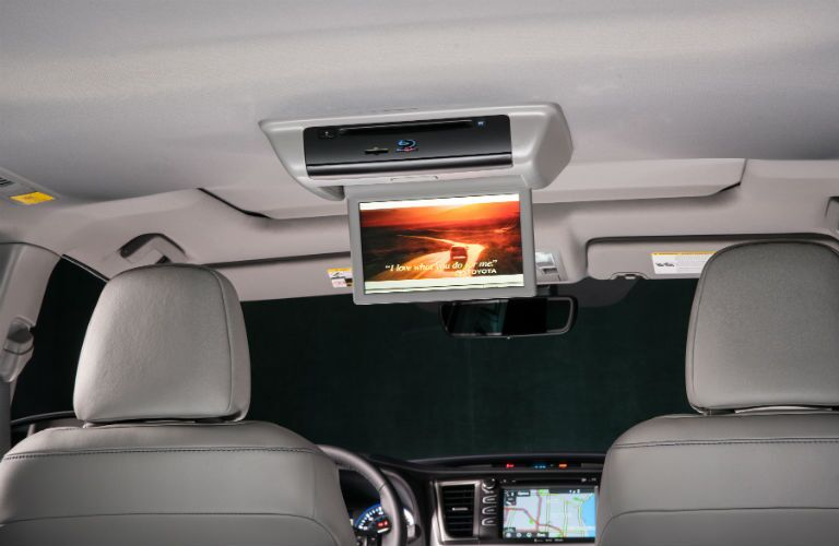Optional rear seat entertainment system of the 2018 Toyota Highlander