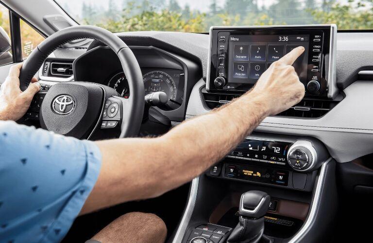 2020 Toyota RAV4 infotainment screen