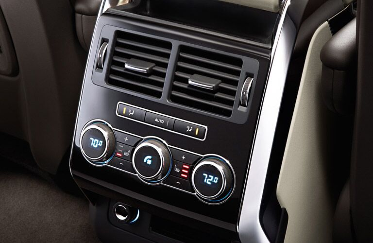 climate control in the 2016 Land Rover Range Rover Sport
