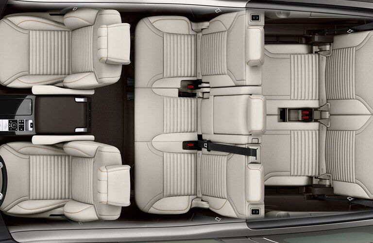 2017 Land Rover Discovery seating
