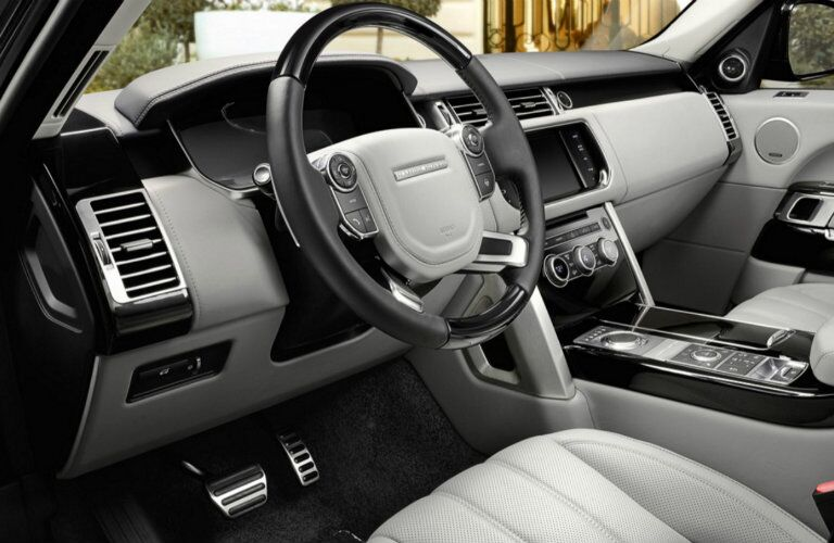 2017 Land Rover Range Rover interior features