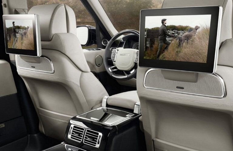 2017 Land Rover Range Rover screens
