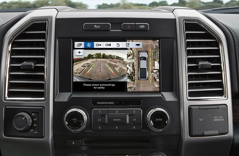 2017 Ford SuperDuty Interior view of radio and touch screen display