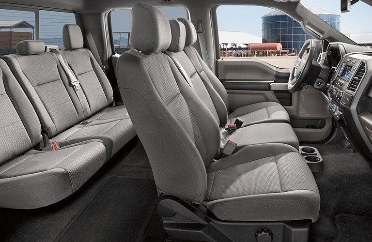 2017 Ford F-150 passenger capacity