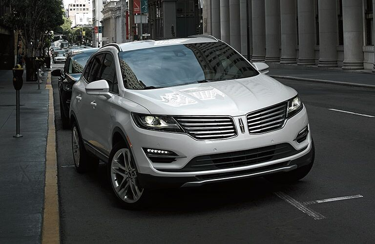 Grille on the 2017 Lincoln MKC