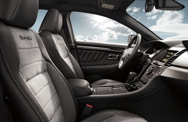 Interior of the 2014 Ford Taurus