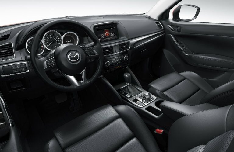 Front dash of 2016 Mazda CX-5