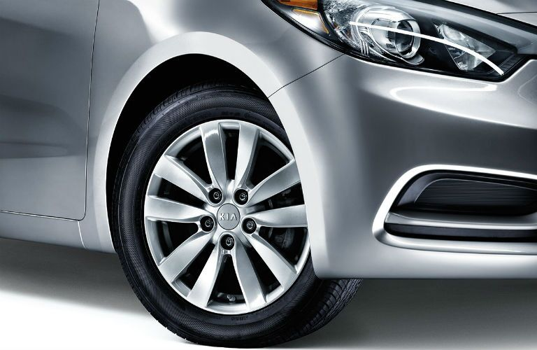 2016 Kia Forte wheel design
