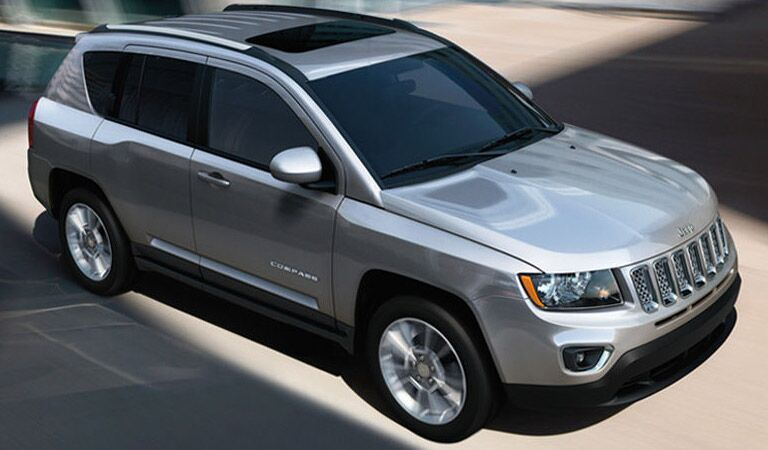profile of the 2016 Jeep Compass
