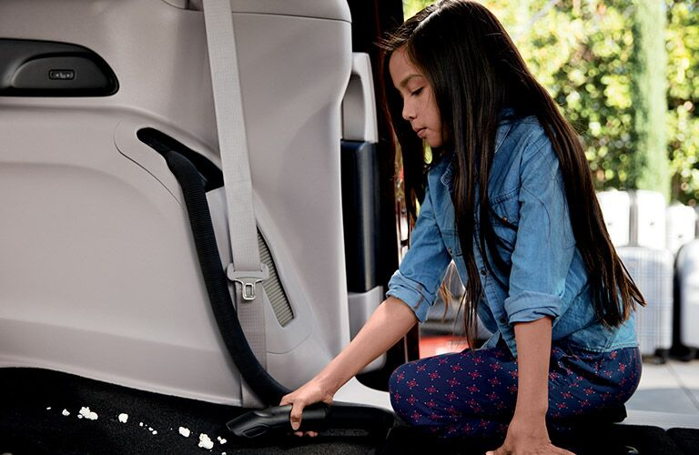 Stow 'n Vac in the 2017 Chrysler Pacifica