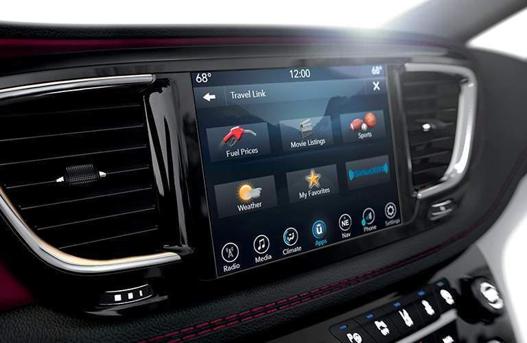 a user-friendly infotainment Uconnect touchscreen in the 2017 Chrysler Pacifica