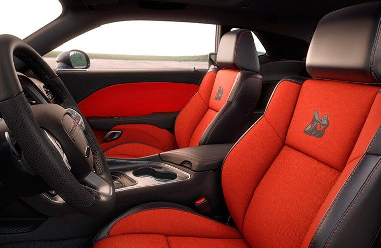 red front seats of the 2017 Dodge Challenger