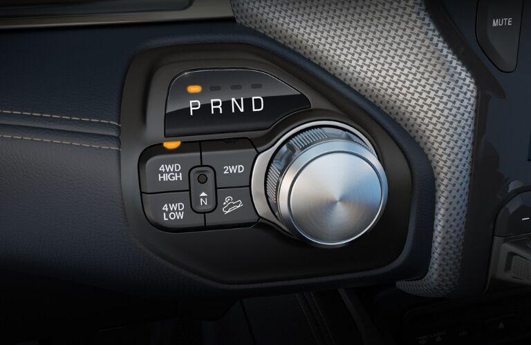 Rotary e-shift dial in 2019 Ram 3500