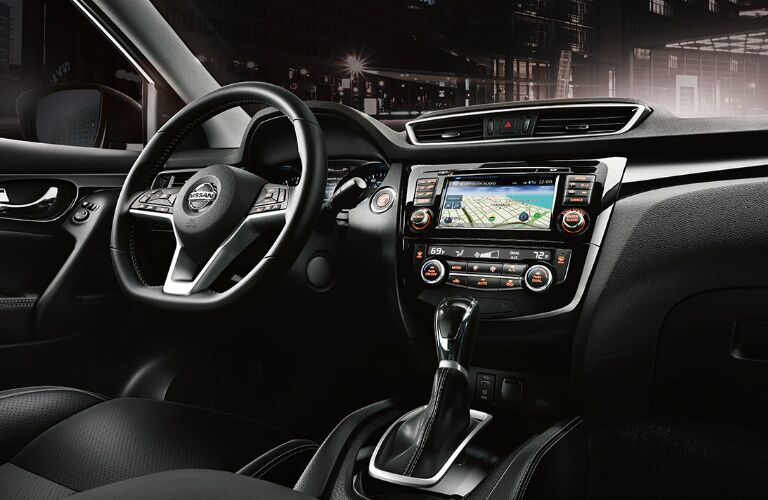2017 Nissan Rogue Sport interior front seating area