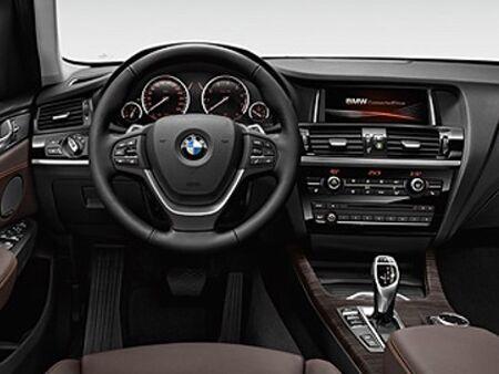 2017_BMW_X3_Interior