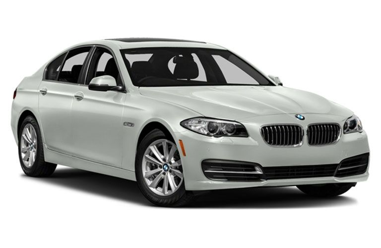 2016_BMW_535i_xdrive_trim