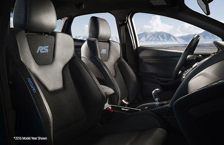 2017 Focus RS Unique Style Features