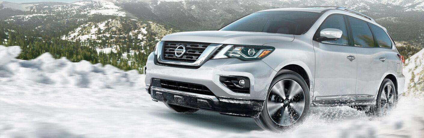 2019 pathfinder driving through snow