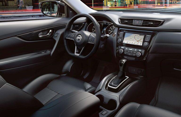 2020 Nissan Rogue steering wheel and dashboard