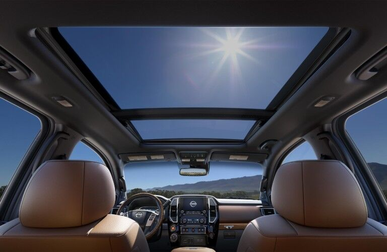 moonroof in 2020 Nissan Titan