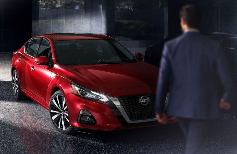 2020 Nissan Altima front profile