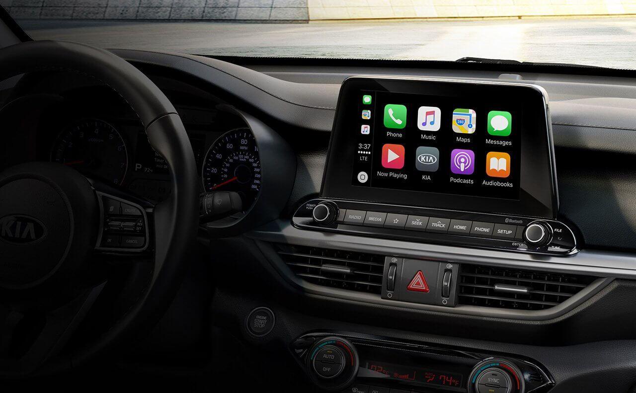 Smart Tech in the 2019 Kia Forte