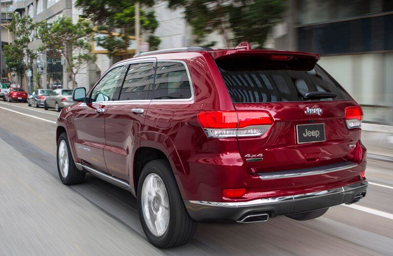 2017 Jeep Grand Cherokee in red