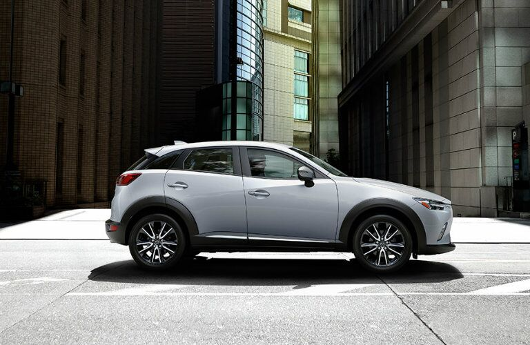 2016 mazda cx-3 city driving