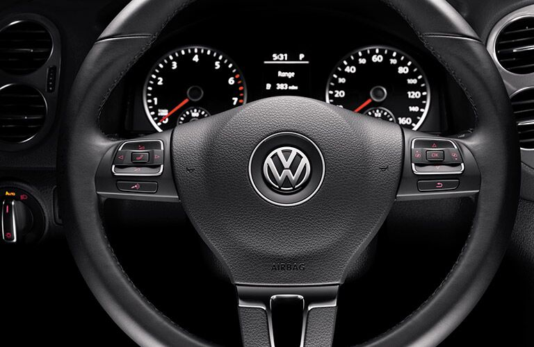 Close-up of the steering wheel of the 2016 VW Tiguan