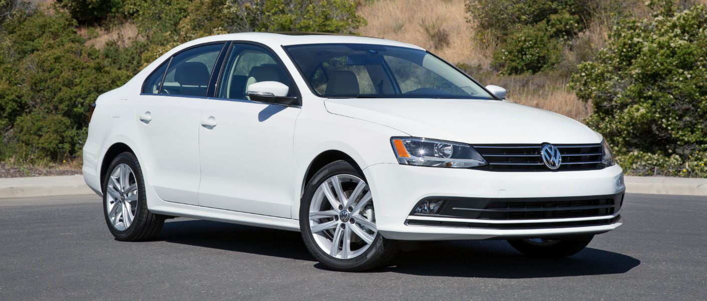 2016 Volkswagen Jetta in West Islip, NY