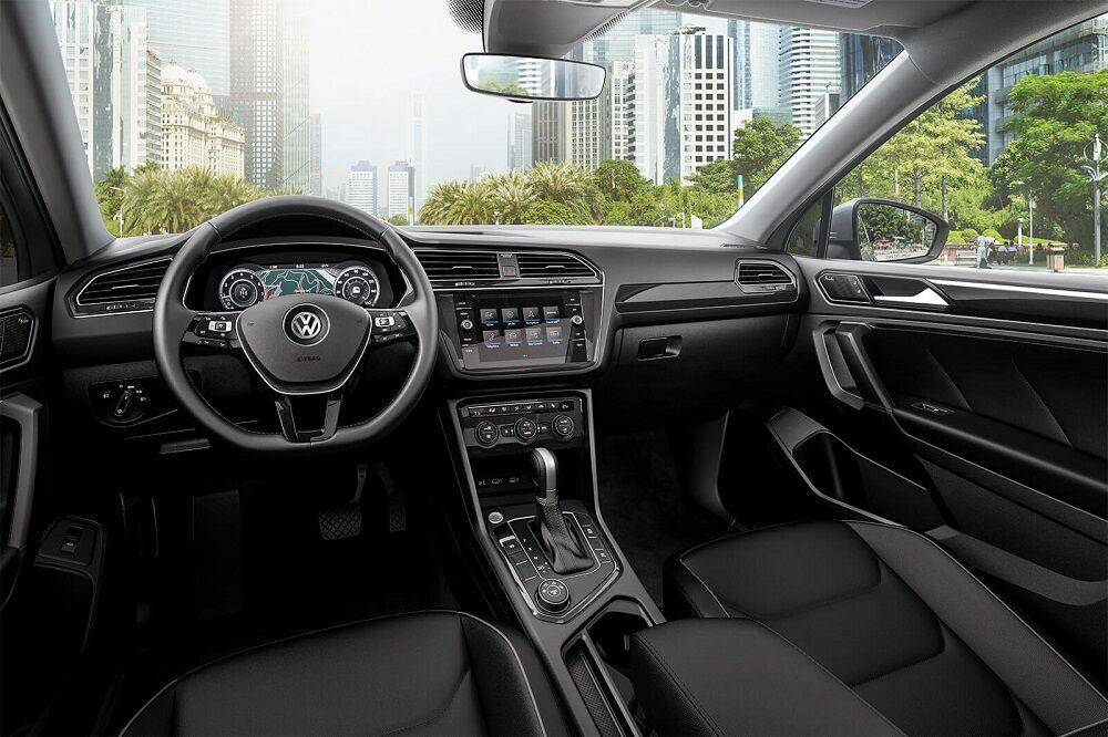 Sayville NY - 2019 Volkswagen Tiguan Interior