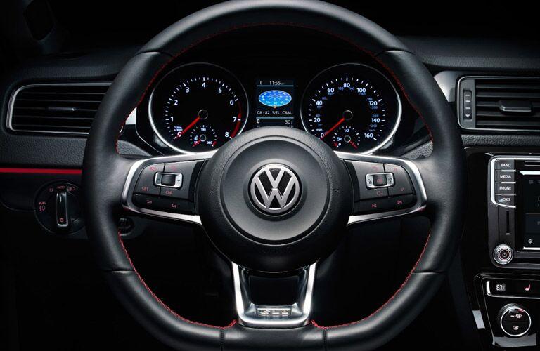 2017 Volkswagen Jetta front interior steering wheel