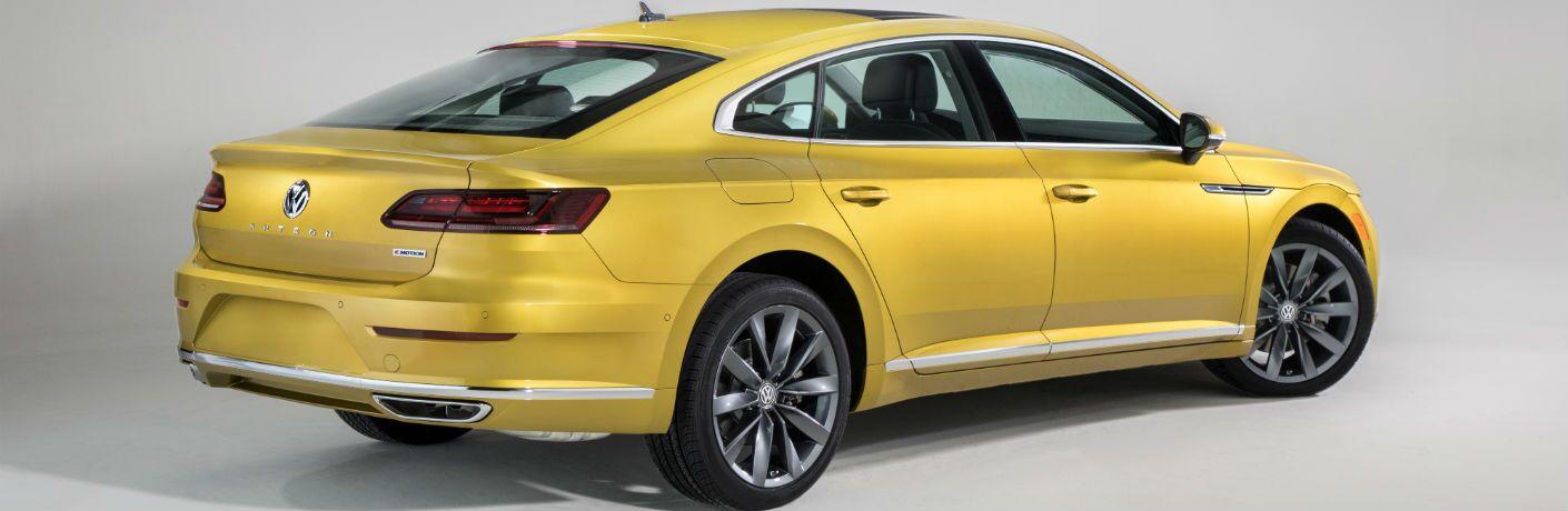 A rear right quarter photo of the 2019 Volkswagen Arteon.