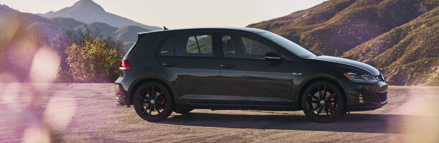 A right profile photo of the 2019 Volkswagen Golf GTI.