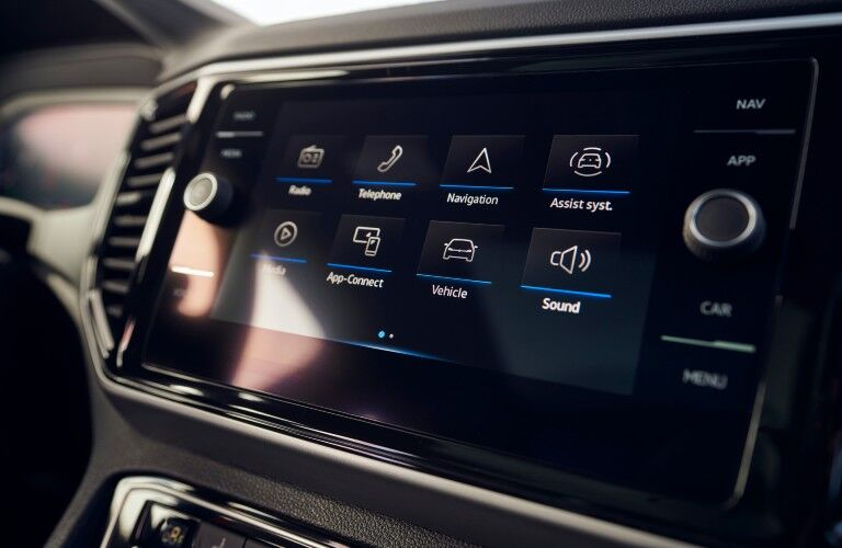 A photo of the touchscreen used in the 2021 VW Atlas Cross Sport.