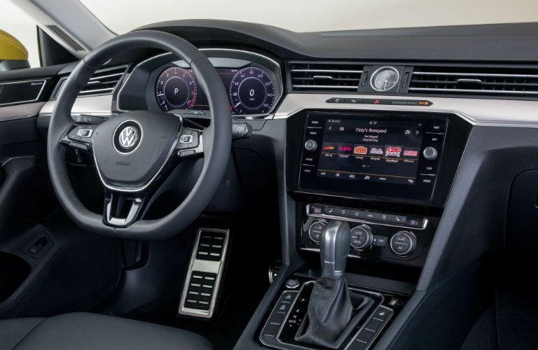 A photo of the driver's cockpit in the 2019 VW Arteon.