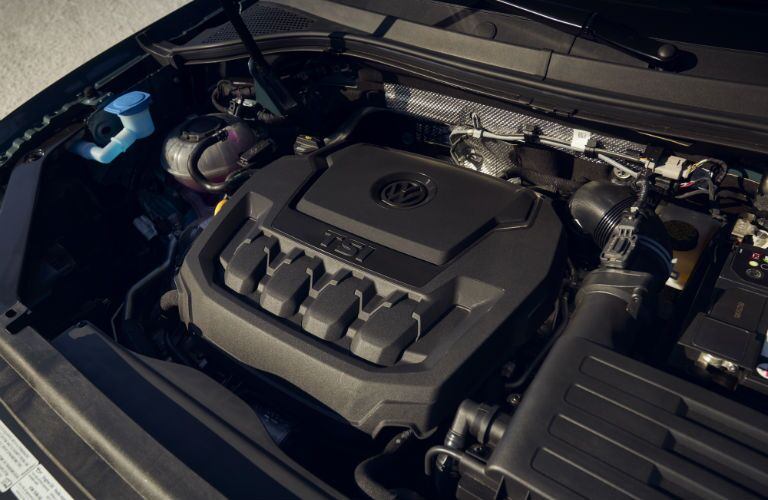 A photo of the engine used by the 2021 Volkswagen Tiguan.
