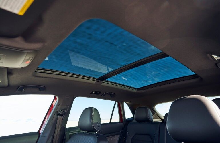 The sunroof available in the 2021 Volkswagen Atlas Cross Sport.