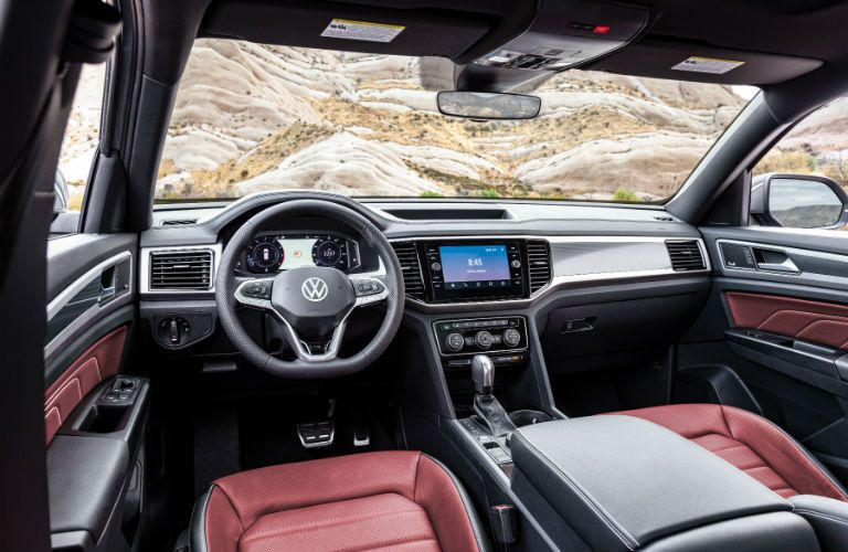 A photo of the dashboard in the 2020 VW Atlas Cross Sport.